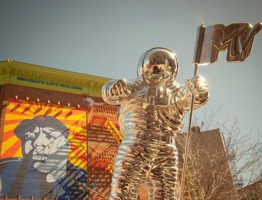Sean Meenan's Brooklyn Love Building & MTV's Silver-Suited Moonman