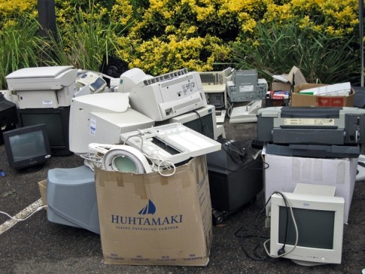 Electronic Waste Recycling at Habana's Earth Day Expo