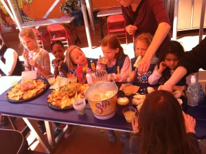 Girl Scouts Eating at Habana Outpost