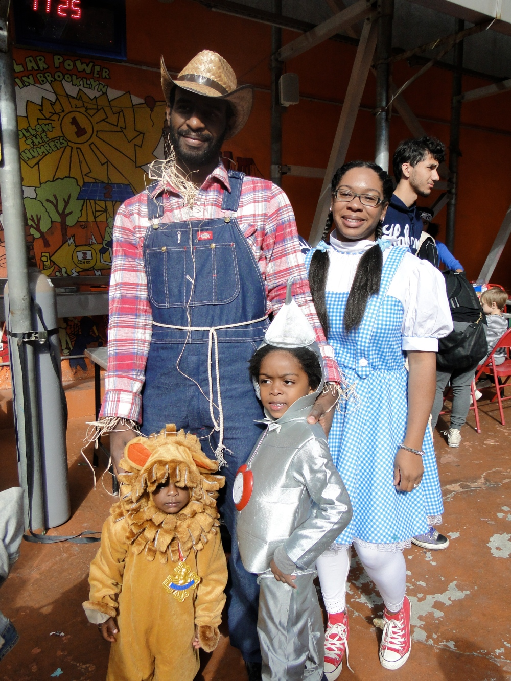 Wizard of Oz family at Halloween